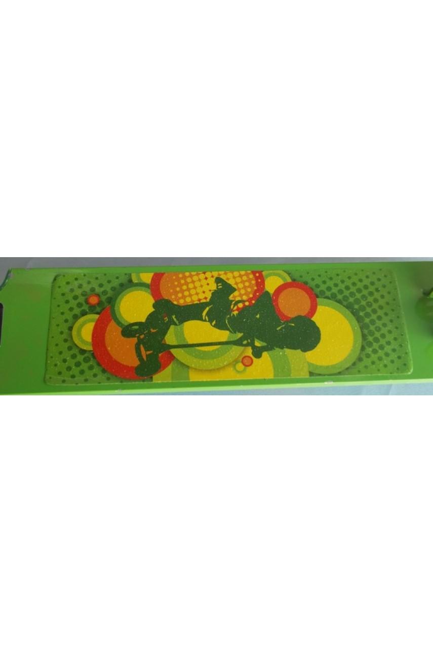 Детский самокат трёхколёсный скоростной салатовый