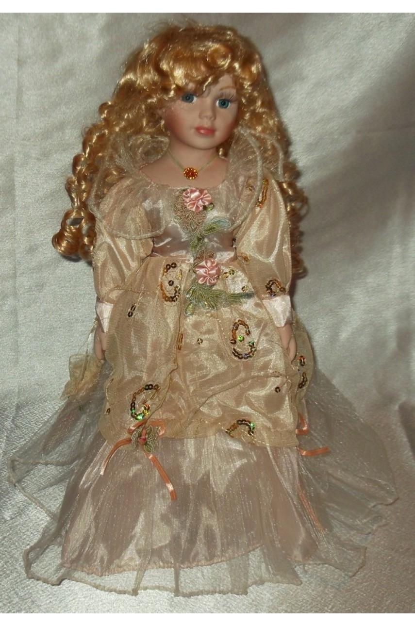 Кукла фарфоровая в бальном платье 40 см арт.с878